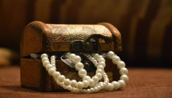 Comment choisir vos bijoux en fonction de votre morphologie ?