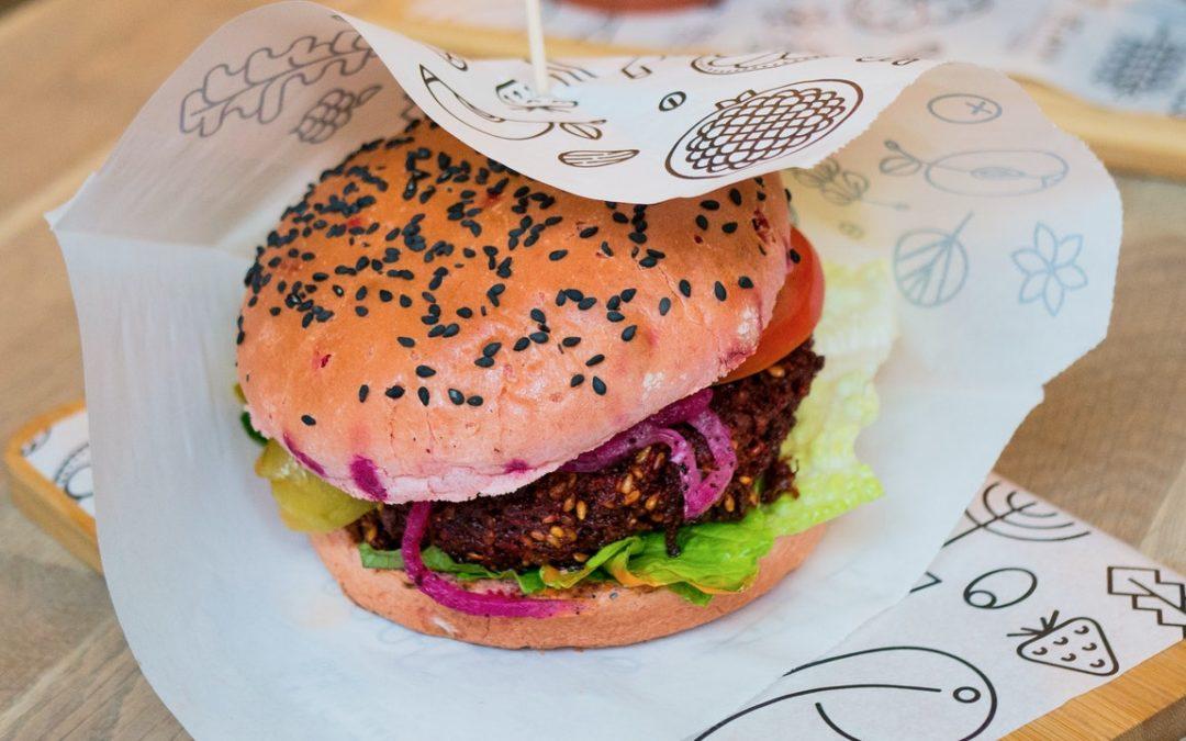 Recette végétarienne : 5 ingrédients pour le meilleur des burgers