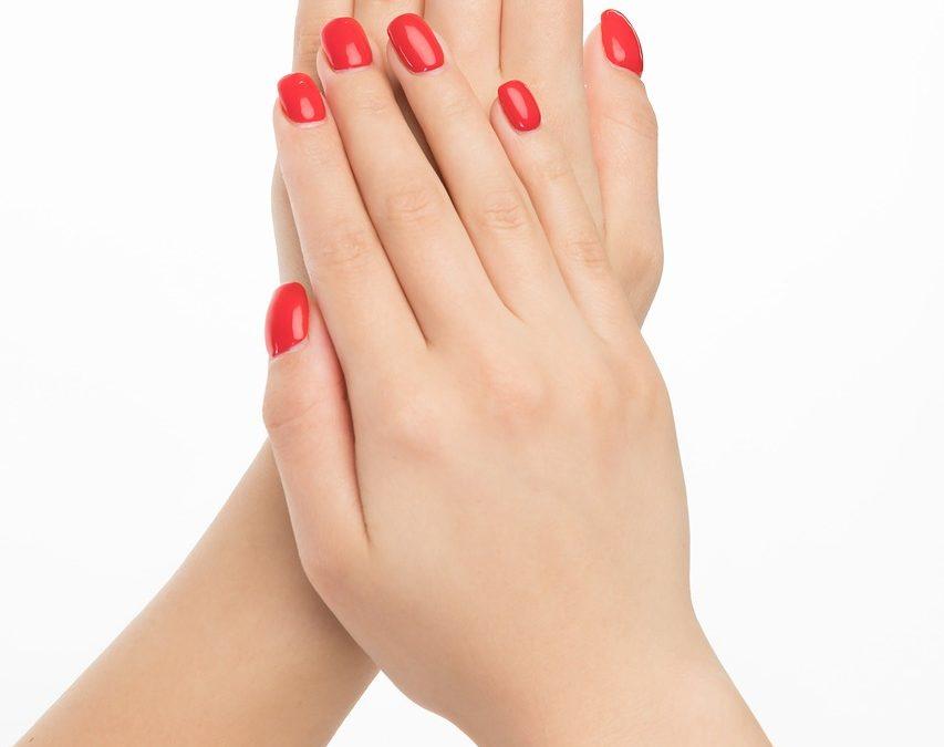 Ongle en gel : 4 erreurs à éviter lorsque vous portez du vernis à ongles en gel