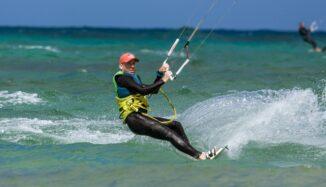 Effectuer un stage de kitesurf pour s'initier